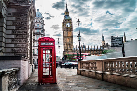 Summer mornings in London