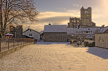 2017-01-05 HDR Burg Greifenstein im Winter