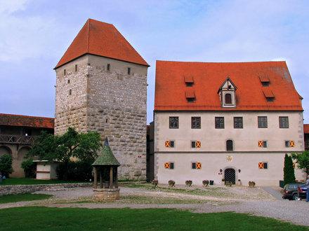 Burg Harburg - Kastehaus & Diebsturm (Bergfried)