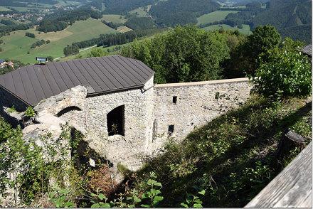 Burgruine Araburg 0167