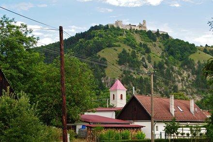 čachtický hrad19