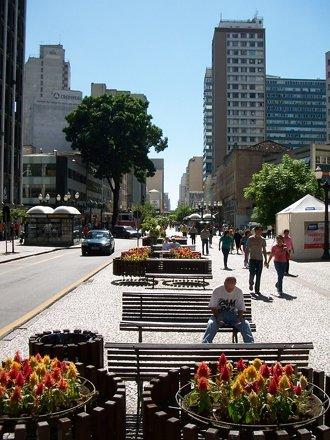 A Rua das Flores - Curitiba, Brazil