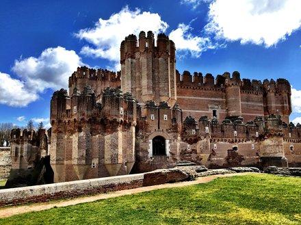 Entrada al Castillo de Coca