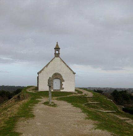 St. Michel, atop a tumulus