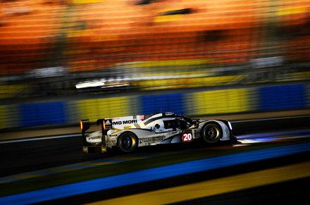 Porsche at Dunlop