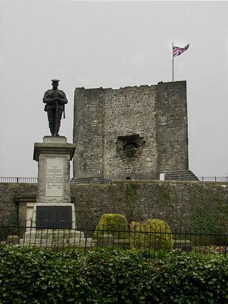 War Memorial and castle