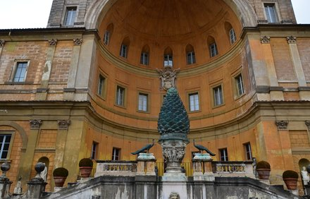 Cortile del Belvedere, Vatican Museums (4)