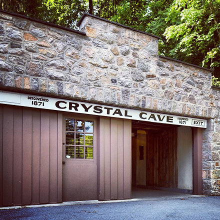 Heading down into Crystal Cave! #lehighvalley #crystalcave #kutztown #iglehighvalley #pennsylvania #