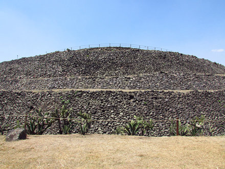 Zona arqueológica de Cuicuilco , ciudad de México.