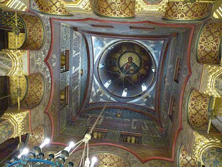 Curtea d'Arges - Mănăstirea Curtea de Argeș. dome