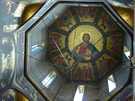 Curtea d'Arges - Mănăstirea Curtea de Argeș. interior  dome