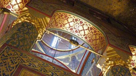 Curtea d'Arges - Mănăstirea Curtea de Argeș arch