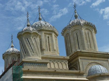 Curtea d'Arges - Mănăstirea Curtea de Argeș, domes.