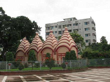 Dhakeshwari Temple ঢাকেশ্বরী মন্দির