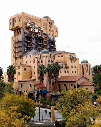 The HOLLYWOOD TOWER Hotel ~ the ride