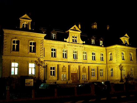 Lycée Emile Metz in Dommeldange at night