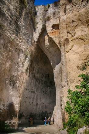 Ear of Dionysius -2-