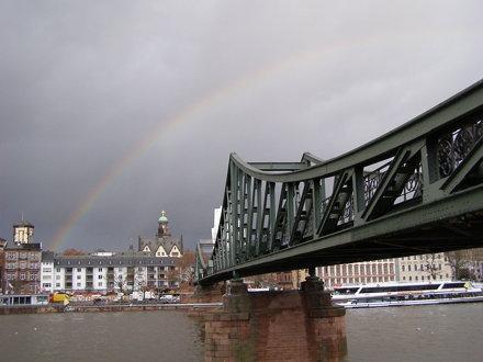 Most i tęcza