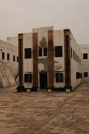 Liver Pool Rd, Elmina, Ghana - Ghana - IMG_8741