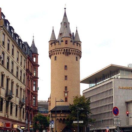 Uma mistura de modernidade e antiguidade - curti a #Frankfurt #Alemanha #Férias2014