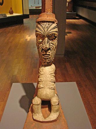 Arrière d'un canoë Maori (Dahlem/Berlin)