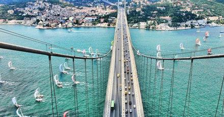 Jembatan Bosphorus Penghubung Asia dan Eropa