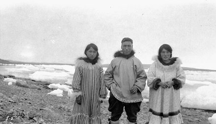 Patsy Klengenberg and family, Fort Ross, Nunavut / Patsy Klengenberg et sa famille, Fort Ross (Nunav
