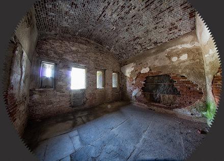 Demi Lune Bricked Room