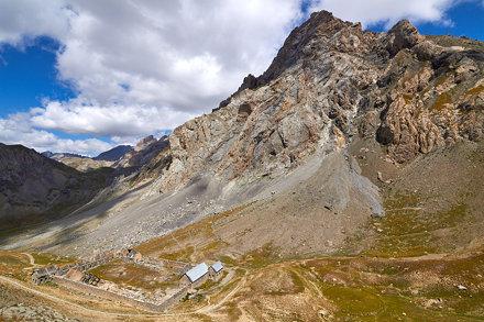 Baraquements de Viraysse et la Meyna (3067 m)