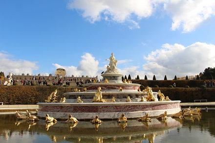 Kapoor Versailles - Sky Mirror & Bassin de Latone
