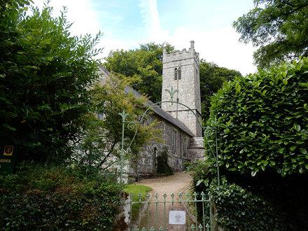 Gidleigh Church (02)