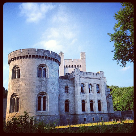 This castle at gosford looks so awesome!! #class #instanorthernireland #instadaily #beaut #blue #sum