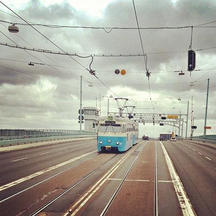 En gammal bro i #Göteborg Ska byggas en ny, varken hög eller låg utan mittemellan så det inte blir b