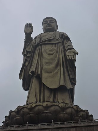 Grand Buddha at Ling Shan (02)