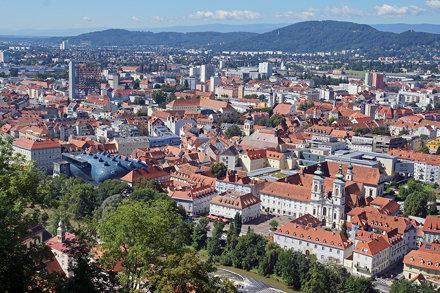 2016-08-12 08-15 Graz 110 Schlossberg