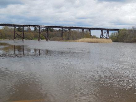 C&NW Green Bay-Manitowoc RR manitowoc river