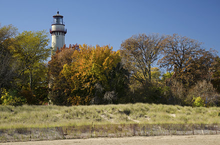 Color at the Grosse Point Light