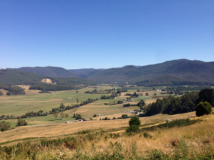 Gunns Plains from the Riana Hill on the Westen side of the Plains