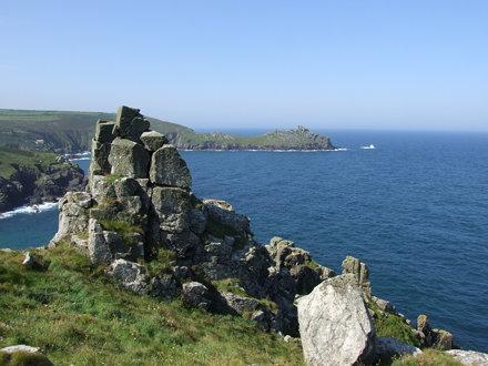 Pinnacled cliff and Gurnard's Head