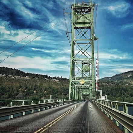 #hoodriver #bridge #architecture #365photo #365photochallenge #photoaday #day256 #latergram #latersu