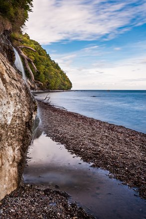 Chalk cliffs IV