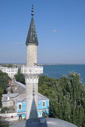 Eupatoria from mosque's minaret (2006-08-297)