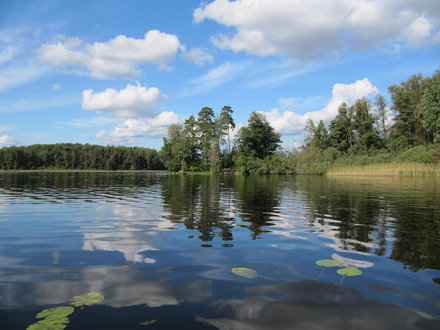 Lake Vuoksa near the village of Siniovo