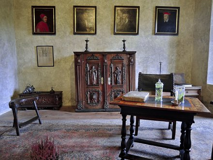Готический замок Карлштейн, XIV в.