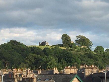 It was a beautiful evening in #Kendal #cumbria #igerscumbria_kendal #igerscumbria #castle #notjustla