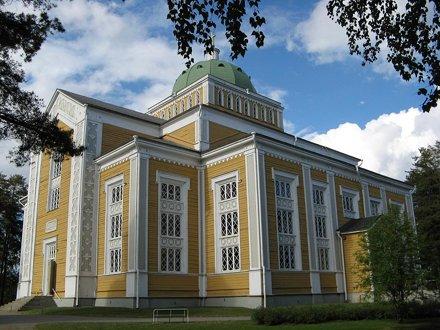größte Holzkirche Finnlands
