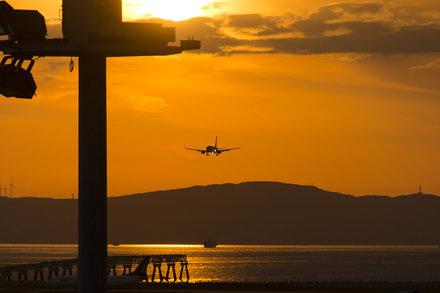 SKYMARK AIRLINES Boeing 737-800 JA737T landing on Kobe Airport(UKB/RJBE)