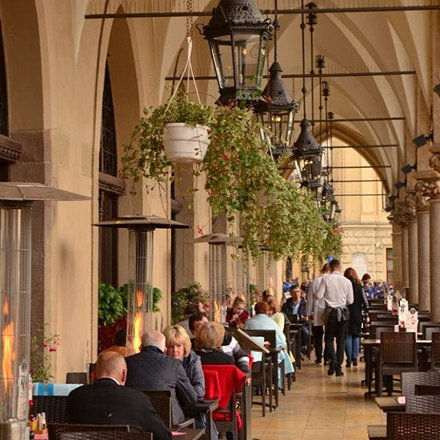 The Cloth Hall, #krakow #poland #polônia #cafe #architecture #travel #nikon #myphotography graphy #i