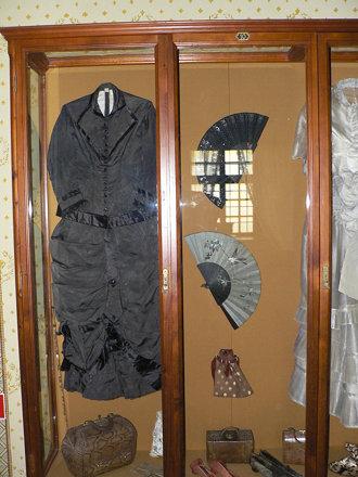 Black overdress - Hrad Krásna Hôrka - 123