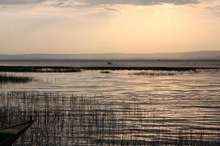 Early evening on Lake Awasa (Ethiopia)